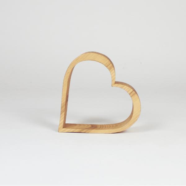 Schönes Herz aus Eschenholz als Geschenk oder zum Dekorieren - Hoteldeko - Muttertagsgeschenk
