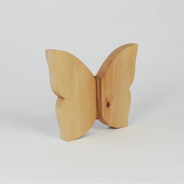 Holzschmetterling als Geschenk