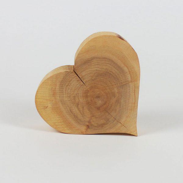 Herz aus Massivholz Deko