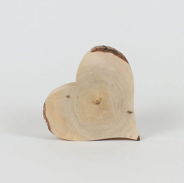 Herz aus Massivholz
