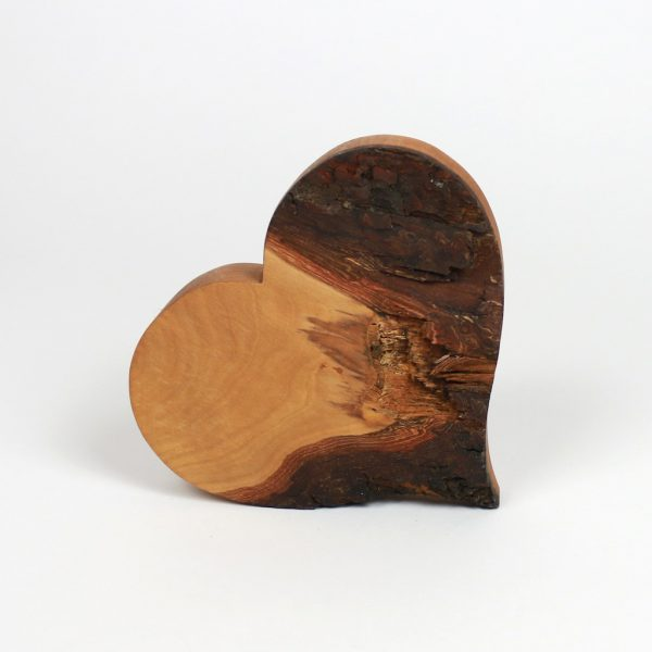 Herz mit Rinde Geschenk aus Holz