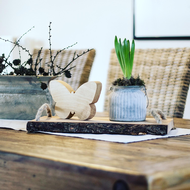 Tischdeko aus Holz Schmetterling