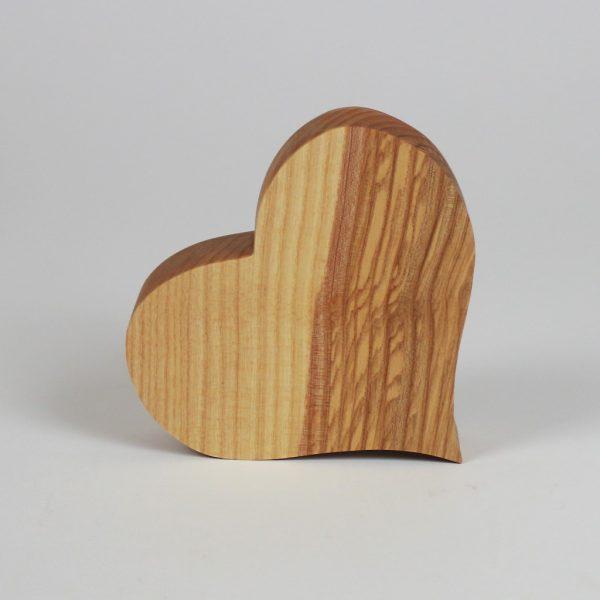 Holzherzen die Geschenkidee aus Holz