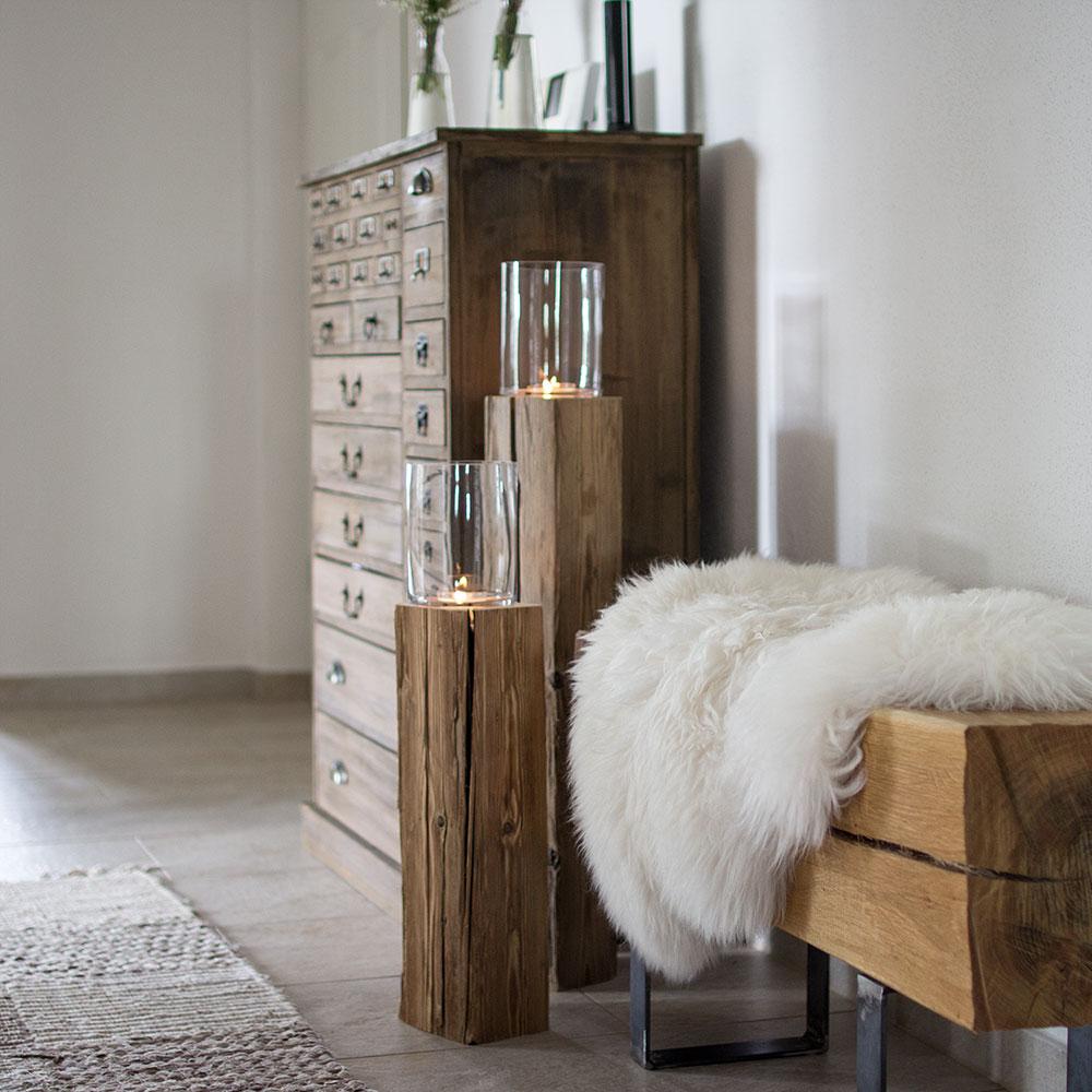 Holzdeko aus Altholz Balken mit Licht