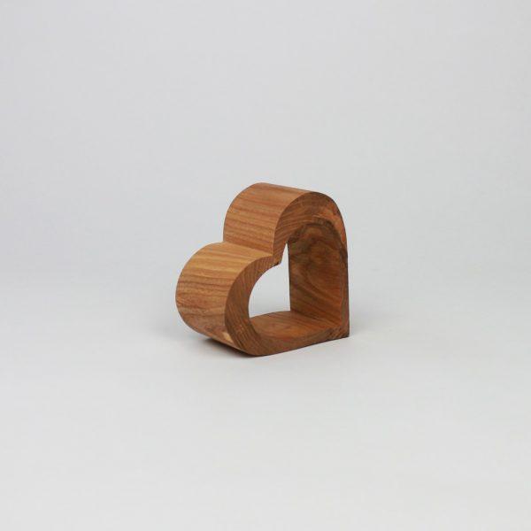 Deko aus Holz - passt das ganze Jahr - Herzdeko