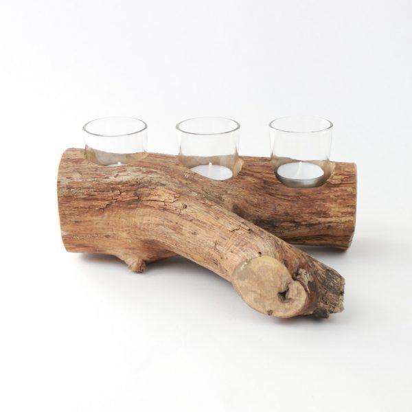 Treibholzbalken mit Teelichteinsatz