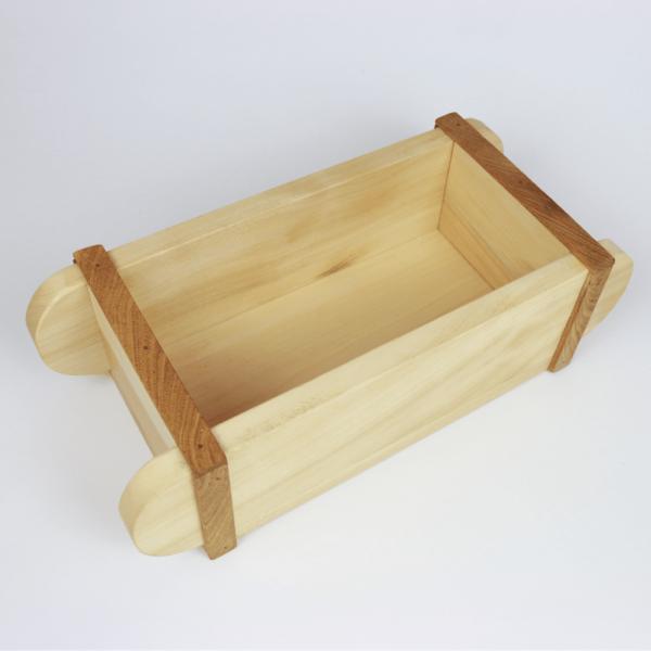 Holzkiste zum Bepflanzen oder Dekorieren