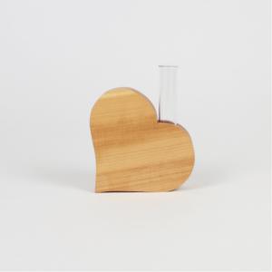 Geschenkidee aus Holz Herzvase