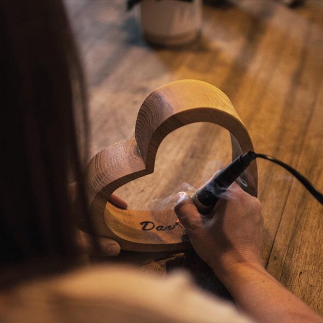 Gravur Geschenkidee aus Holz