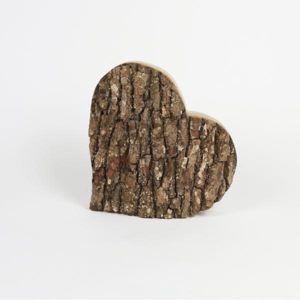 Rindenherz aus Eichenholz - die ideale Gartendeko